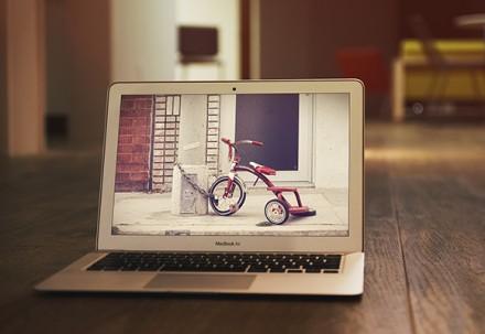 MacBook Air PSD mockup